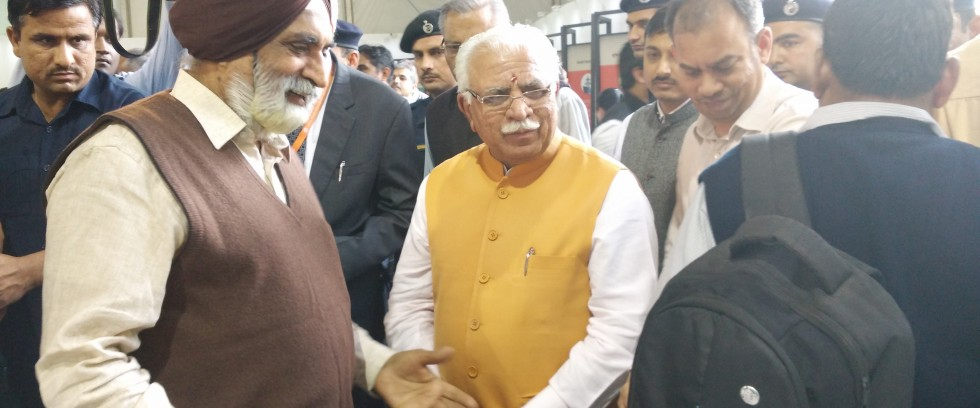 Students' mind blowing projects draw great admiration from Hon'ble Chief Minister of Haryana Shri Manohar Lal Khattar on the inaugural day of IITF 2016