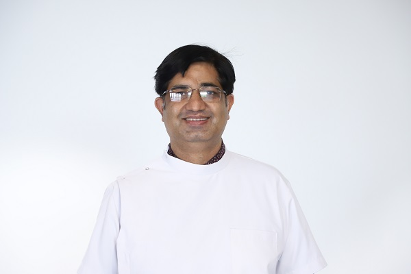 Dr Piyush Tandon