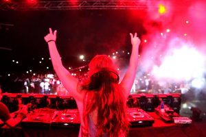 Resurrection 2K16's EDM Night at Manav Rachna with Sunburn Campus witnessed top International DJ Candice Redding as well as Indian DJ Shaan captivating the young crowd