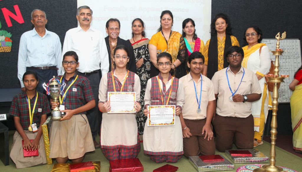 winners-of-the-quiz-competition-along-with-senior-dignitaries-at-the-national-nutrition-week-celebrations