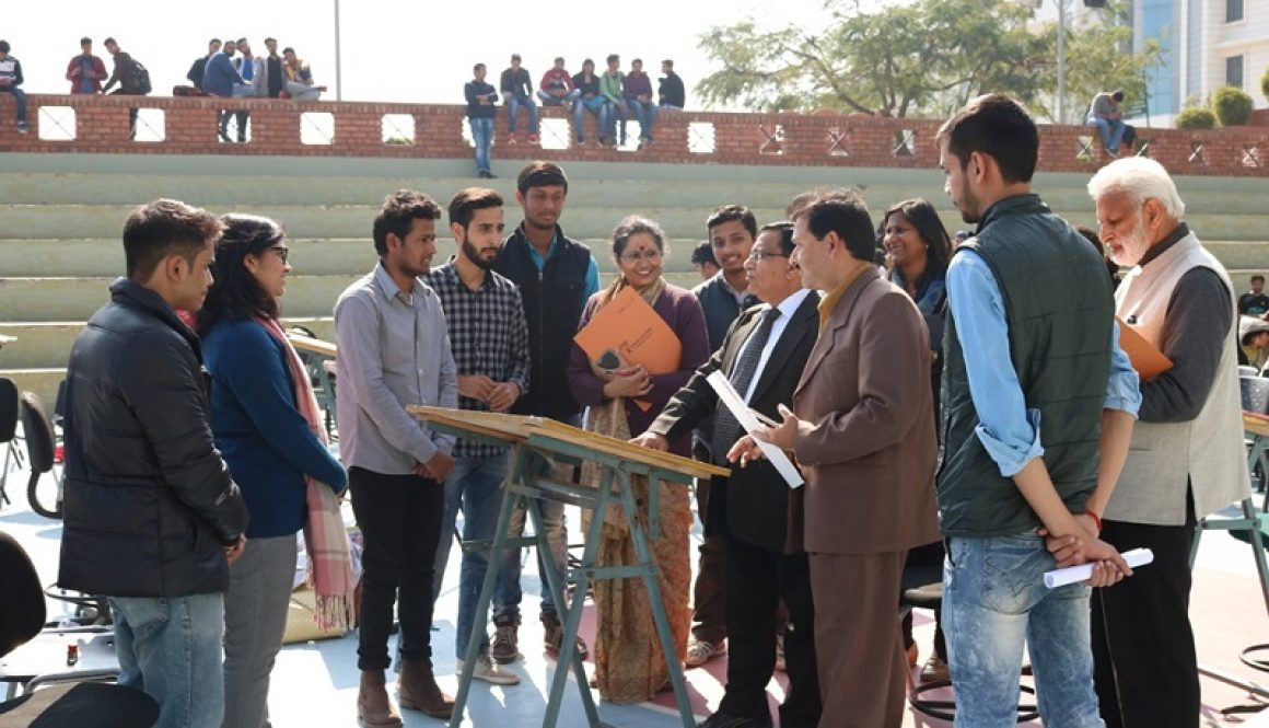 Wall Graffiti Competition- 'D-War' at MRIIRS