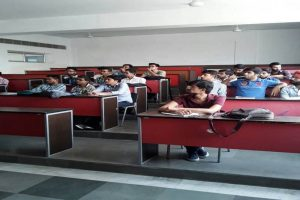 Department of Mechanical Engineering, MRU organizes Guest Lecture on Heat Load Estimation of a Building (1)