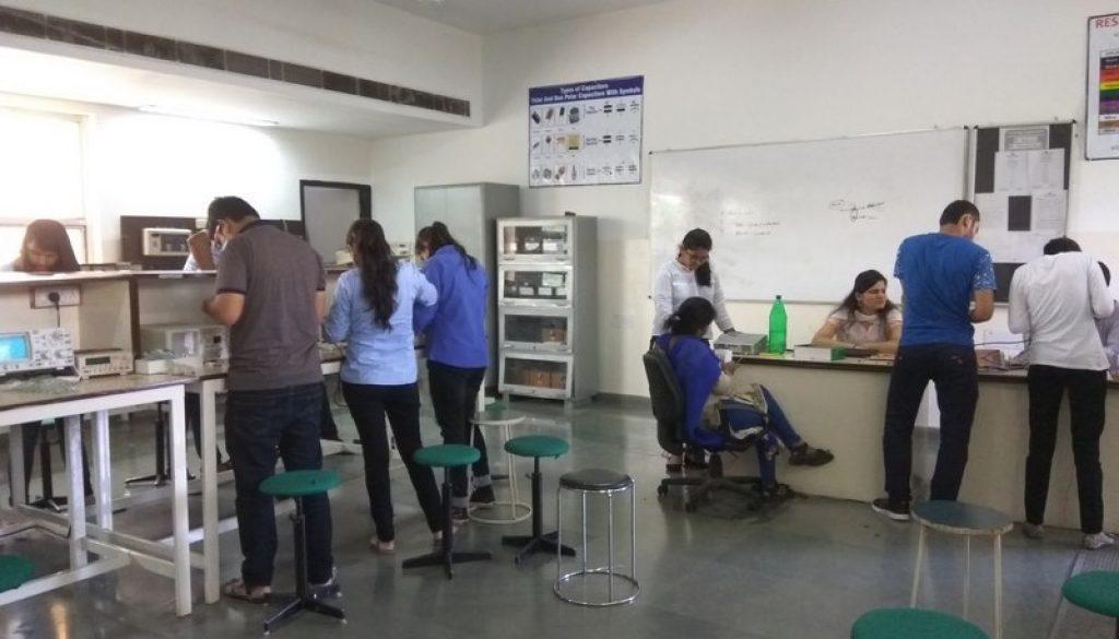 Day 4 Faculty of Applied Science, MRU Orientation Programme (4)