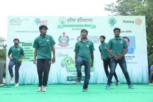 Students of Manav Rachna International University enthralled the audience with their spectacular dance performance at the Green Raahgiri! HaritHaryana