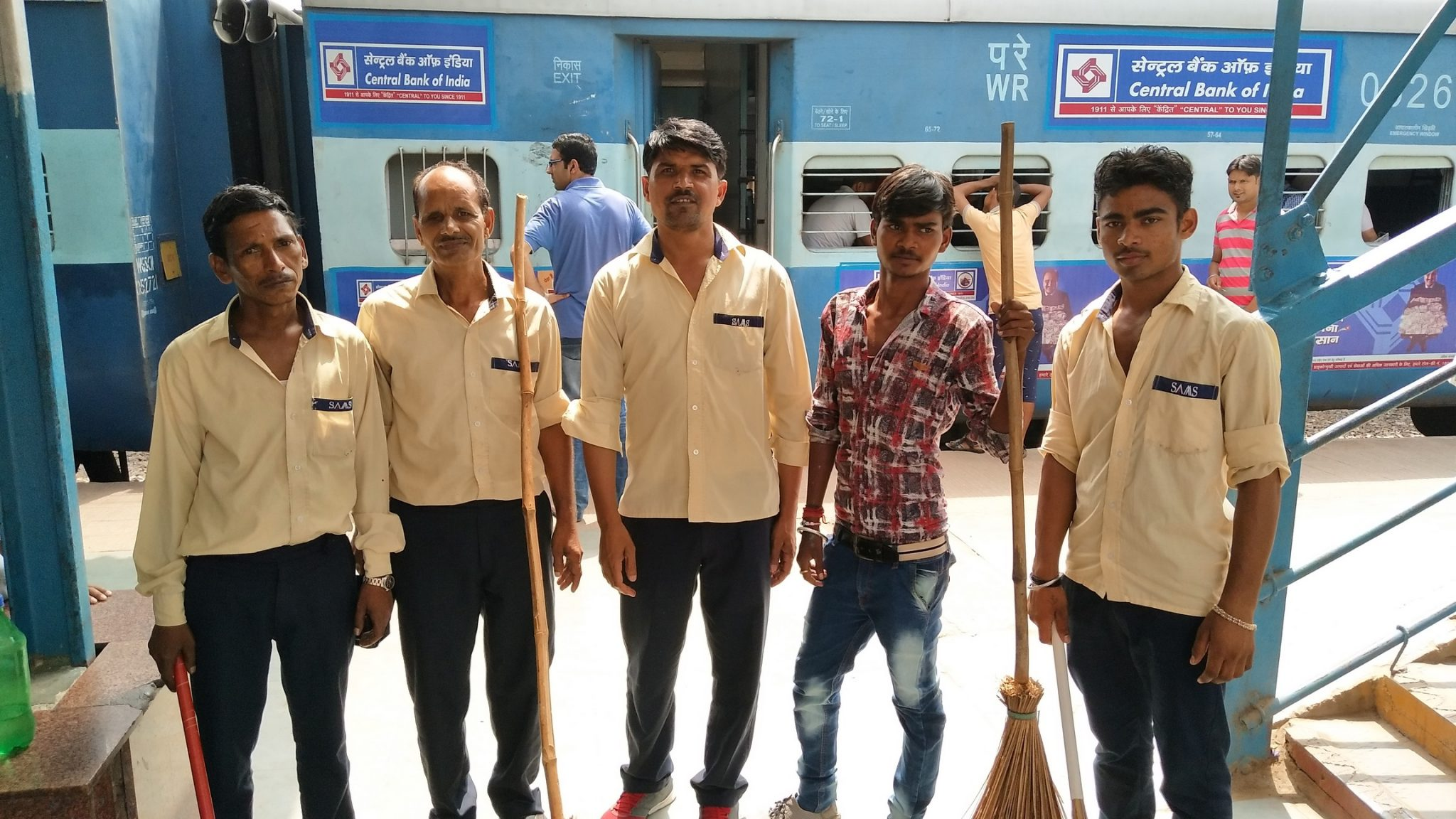 Faculty of Commerce and Business Studies dedicatedly cleaned the Old Faridabad Railway Station