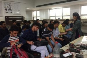 Students get lessons on PPT, get acquainted with electronic tools during Bridge Programme