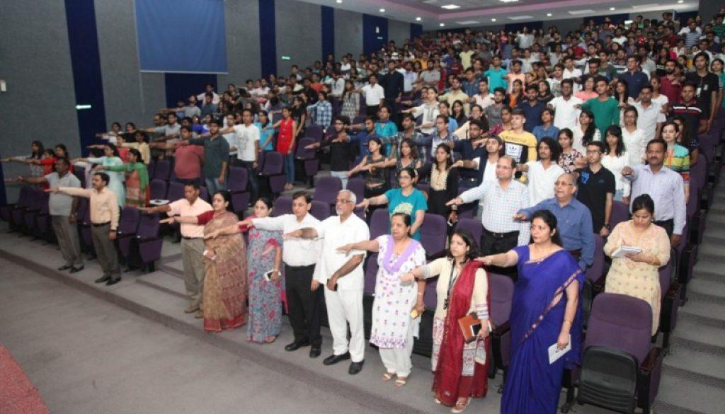 Students undertake 'National Integration Pledge' at anti-ragging seminar (11)