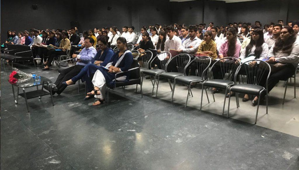 Jaro Education conducted Campus Placement Drive at FMS, MRIU (1)