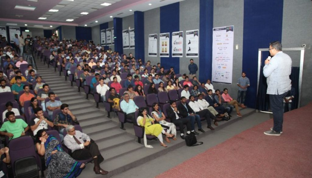 Corporate Leaders share their entrepreneurial journey with students of Manav Rachna (2)