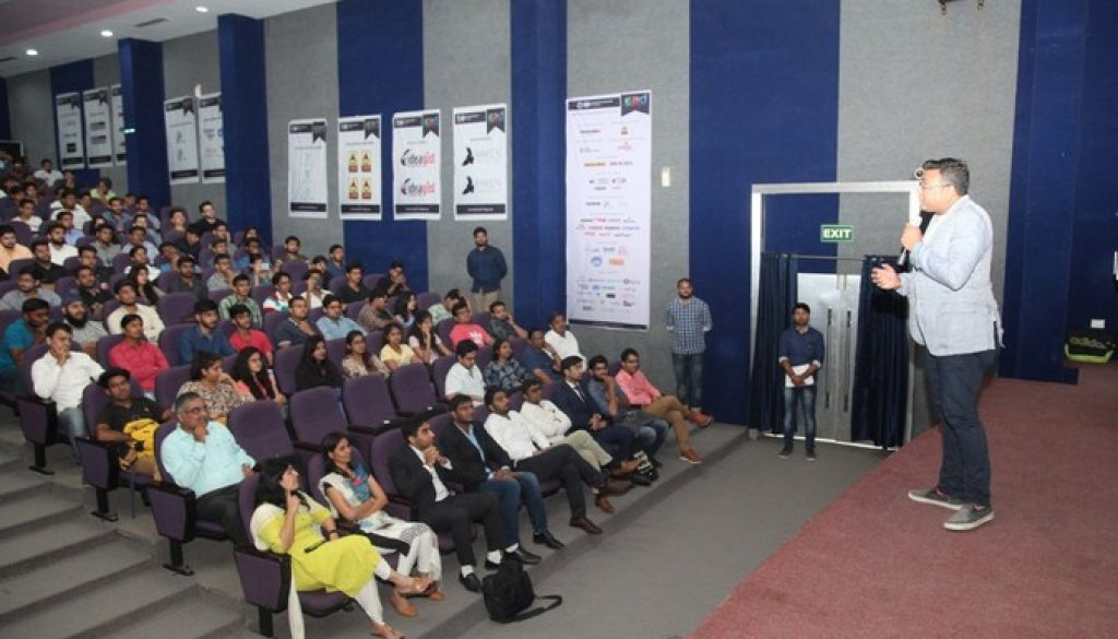 Corporate Leaders share their entrepreneurial journey with students of Manav Rachna (3)