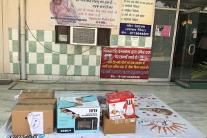 Donation of Books in Goonj Camp Dil Ki Suno Kuch Karo (1)