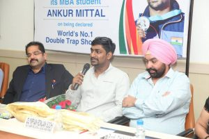 Manav Rachna felicitates Ankur Mittal - World's No. 1 Double Trap shooter (1)