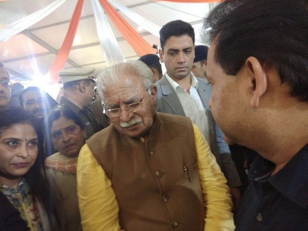 Manav Rachna's work draws great admiration from Hon'ble Chief Minister of Haryana Shri Manohar Lal Khattar at IITF 2017!