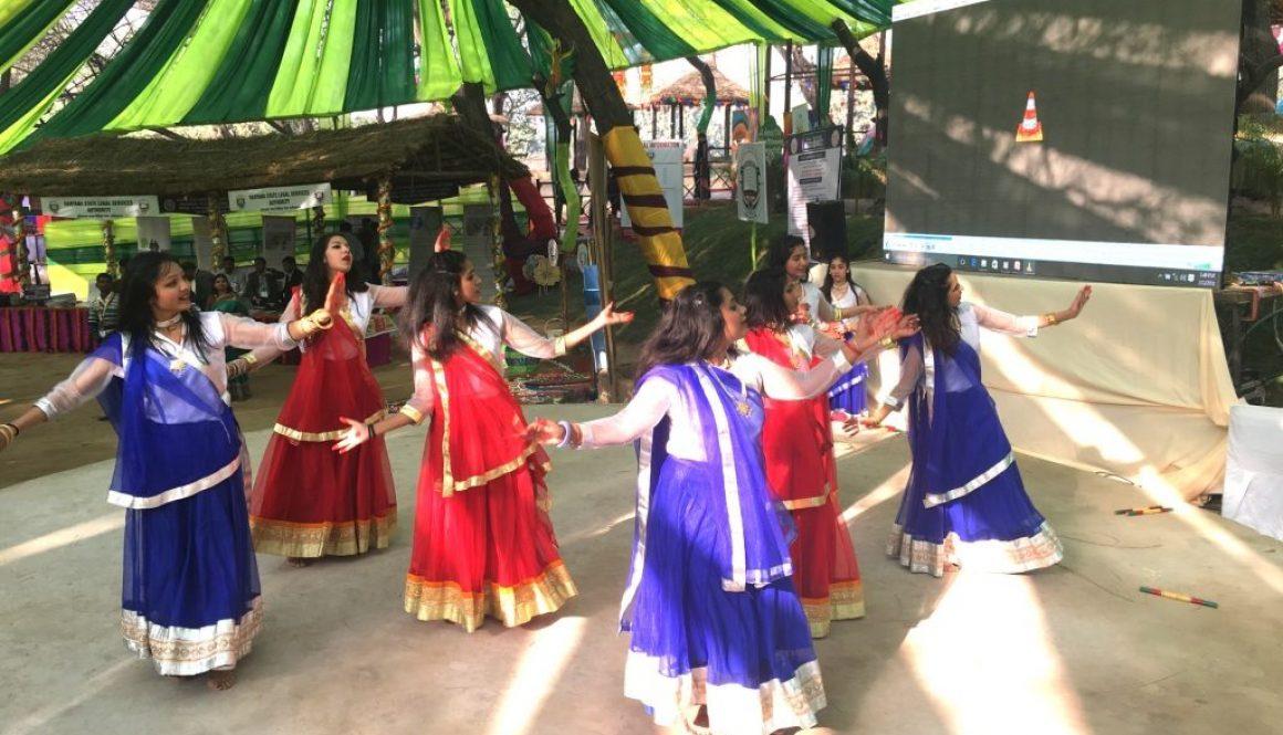 Manav Rachna students add colour to the already vibrant Surajkund Crafts Mela 2018