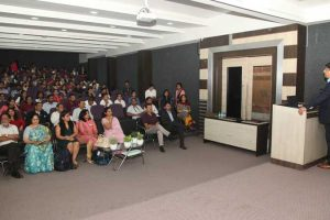 Interaction with Experts from Agilent Technologies for Chemistry Students