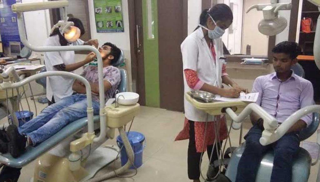 Dental-Screening-of-BBA-students2