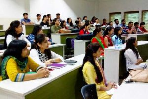 Resource Person from DU conducted sessions on third day of FDP by FCA