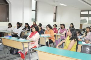 Guest Lecture on 'Modernism and the Modern English Literature'