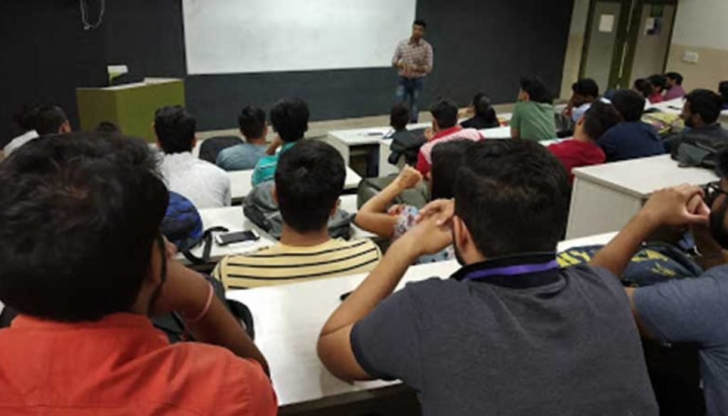 Corporate-Lecture-on-Digital-Marketing-at-FCA2