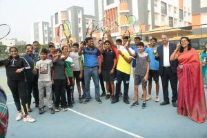 Legendary Tennis Player LEANDER PAES spends a day with Manav Rachna