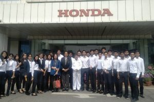 BBA students went on an Industrial Visit to Honda Cars Plant