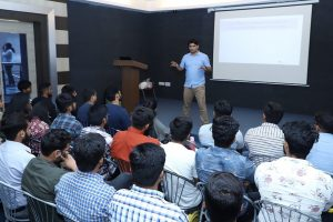 """Seminar on """"Cracking the Technical Interview"""""""
