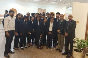 Law Students Visited Supreme Court Museum