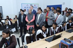 अलावलपुर के सरकारी स्कूल में केईडी वोकेश्नल लैब का उद्घाटन