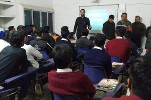 MRIIC organized started workshops for Government School students