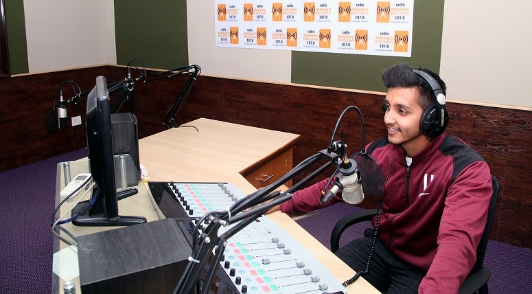 be a good radio presenter