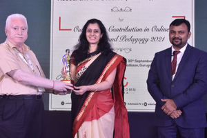 Outstanding Contribution in Online Education and Pedagogy 2021' Award awarded to MRIIRS
